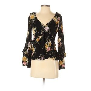 Floral V-neck long sleeves with wide sleeve top